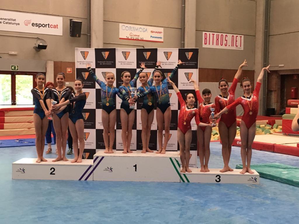 l'equip de nivell 6 de via olimpica femenina en la 3a fase de la copa catalana a Salt
